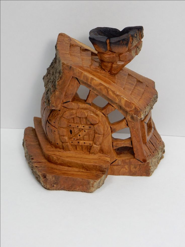 ... | Carving wood, Chainsaw carvings and Hand carved walking sticks