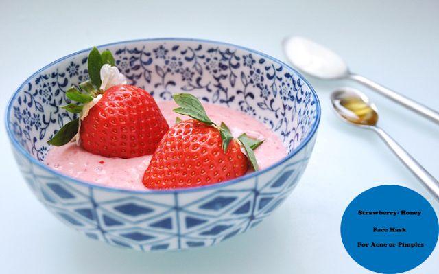 Zig Zac Mania: My Acne Diary: Yogurt-Strawberry Face Mask For Acn...
