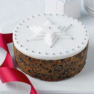 Very simple Christmas Cake Decoration