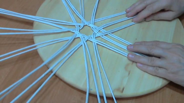 мк хлебницы из трех лепестков в основании