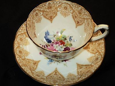 HAMMERSLEY CROCHET LACE FLOWER BOUQUET BROWN TEA CUP AND SAUCER