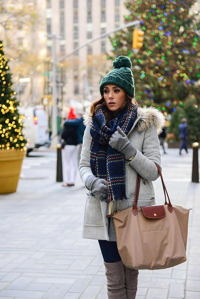 cozy outfit, cozy, plaid scarf. check scarf, topshop, nordstrom, j crew, longchamp tote, stuart weitzman highland boot, pom pom beanie, topshop cable knit sweater cable knit sweater, topshop moto skinny jeans, rockefeller center, new york city,