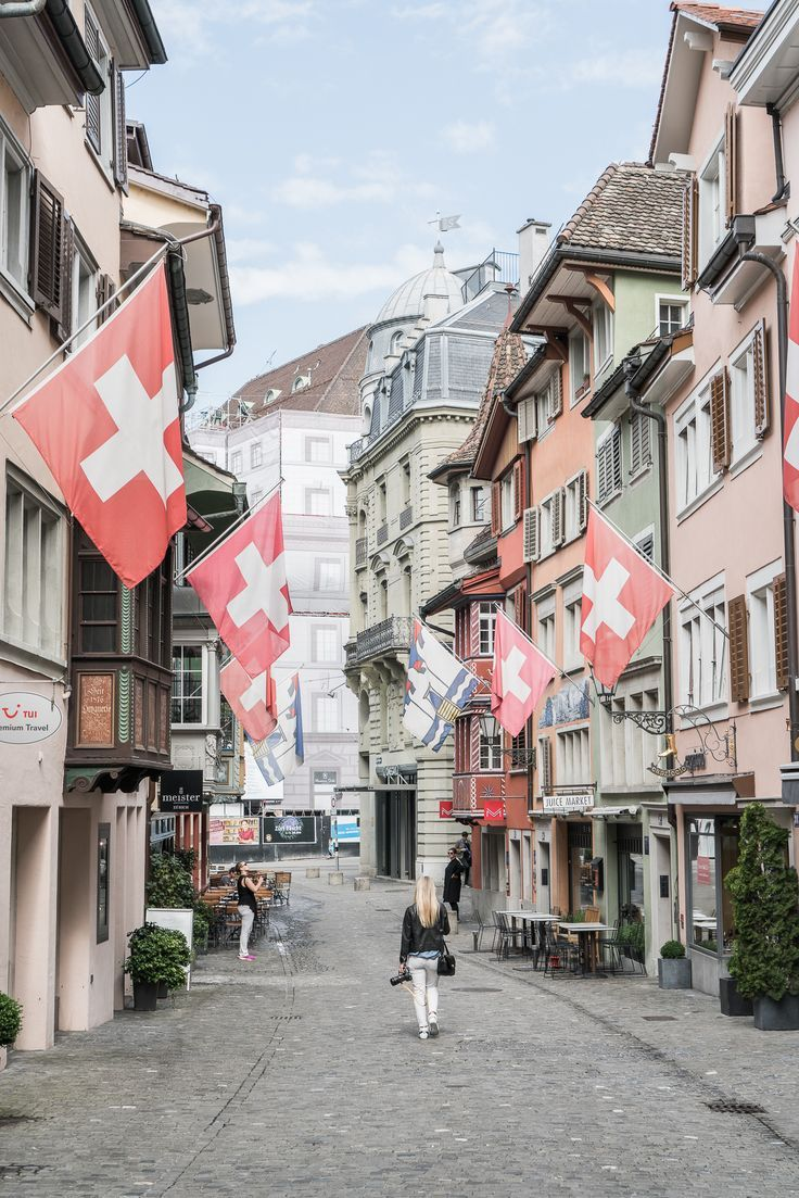 Travel Guide : Visiting Zurich, Switzerland / See & Savour