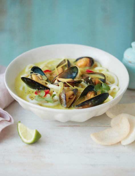 Asda Good Living   Thai mussels with udon noodles