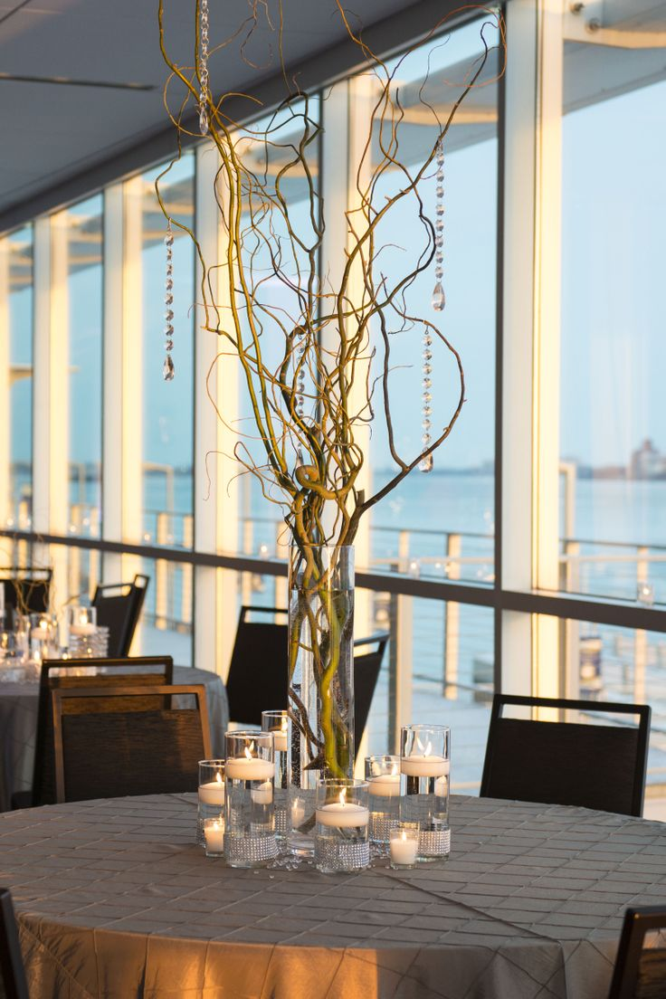 Waterfront events + weddings in downtown Detroit, Michigan. | Photo: Bethany Sharp Photography | WaterviewLoft.com