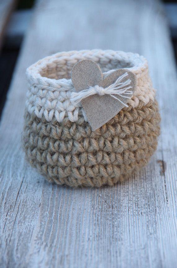 Crochet Rustic heart leather Basket Crochet  Basket leather hert Cotton natural Alternative Gift BagsWedding rustik Weddingbasket gift