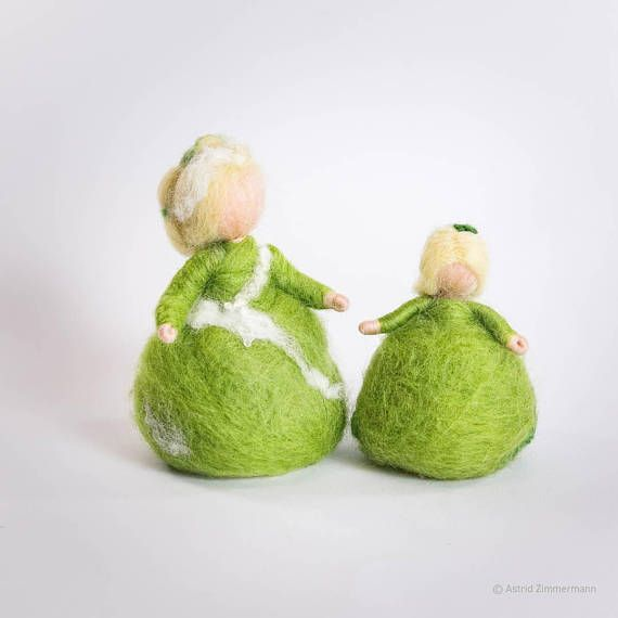 Moosweiblein Waldorf handgefilzt Geschenk für SIE