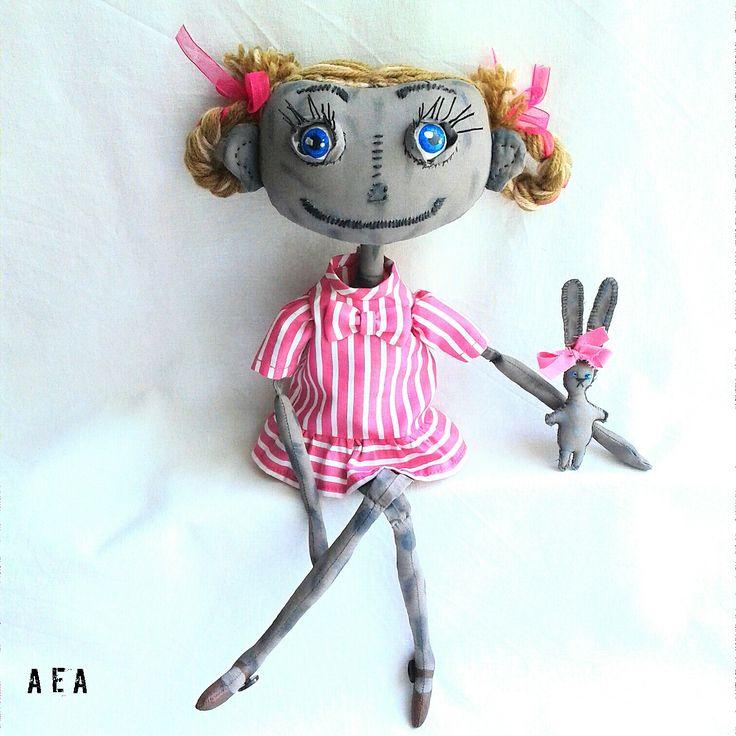 Текстильная чердачная кукла.