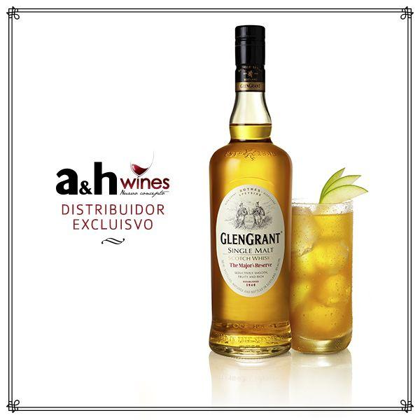 Glen Grant Sverige Un Whisky de malta puro 10 años trae y añade intensidad a las familiares frutas del vergel. Rico en color, se deshace en la boca con una suave terminación a almendras. 40% de alcohol.