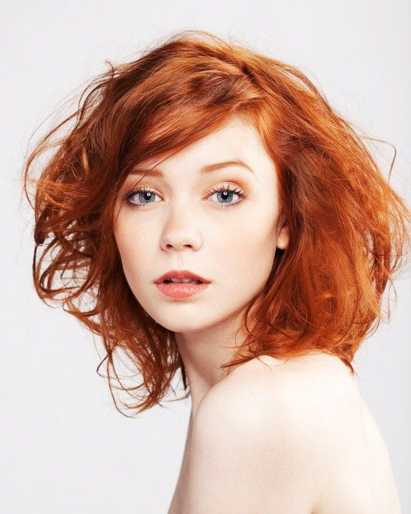 7 Amazing Make-up tricks for Redheads! Love her hair color, too.
