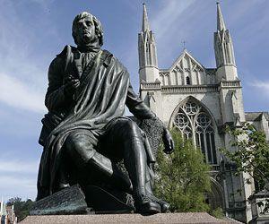 Statue of Robert Burns in The Octagon, Dunedin, New Zealand