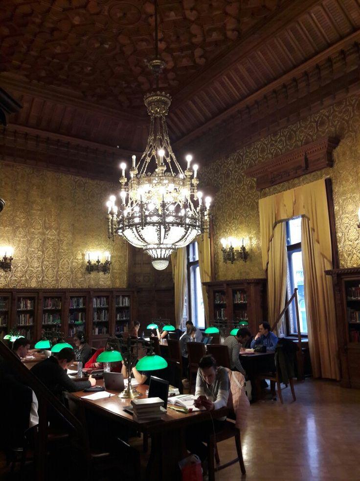Fővárosi Szabó Ervin Könyvtár  - Library, Budapest
