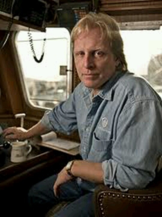188 best sig edgar hansen deadliest catch images on for Fishing shows on discovery channel
