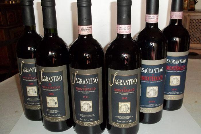 Fantastische verticale 1988-1997 Sagrantino di Montefalco A. Caprai - 6 flessen  1 x 88 90 91 93 95 en 97 Sagrantino di Montefalco DOCG - A. Caprai - cl 75 vol 135% - flessen in uitstekende staat - liv-HF kleur: Robijnroodtotaal 6 flessenRode wijn van oude oorsprong. Droge ruby rode wijn droge zachte fluweelachtige met lichtjes bittere nasmaak.Voor de burgers van Aziatische landen China India enz... en niet-EU-landen kunnen deelnemen als ze een licentie voor alcoholische dranken houden.  EUR…
