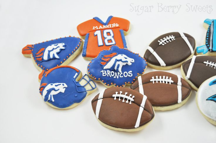 Superbowl 2016 Cookies - 1 Dozen - cute decorated sugar cookies - American Football - Carolina Panthers - Denver Broncos - party - game day