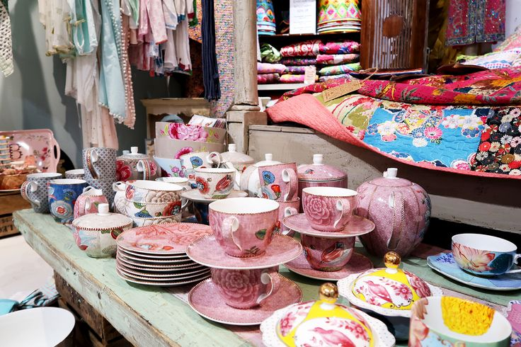 A couple of weeks ago I was invited by the lovely Katie ofKatie Kirk Lovesto attend an event at Bluebelle & Co in Brighton where we would had free reign of the shop after hours and plenty of …
