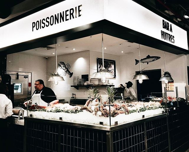 #ELLE時裝週直擊 紐約除了pizza厲害還有很棒的海鮮餐廳嚐點fresh的吧 #nyc #nyfw #nyfw2017 #seafood #restaurant #bar #foodporn #food #foodgasm #ELLEfashionweek17AW  via ELLE TAIWAN MAGAZINE OFFICIAL INSTAGRAM - Fashion Campaigns  Haute Couture  Advertising  Editorial Photography  Magazine Cover Designs  Supermodels  Runway Models