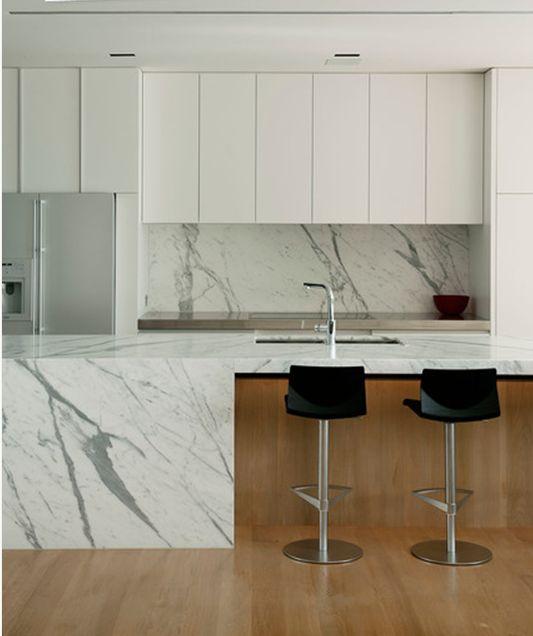 Statuario Venato kitchen benchtop, upstand and splashback