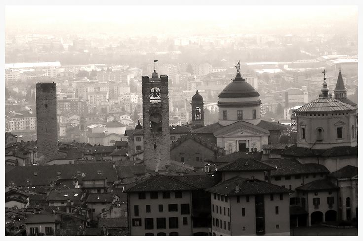 https://flic.kr/p/kHhLyU | Bergamo - Italia  -  The Old Town |          ph Amos Locati