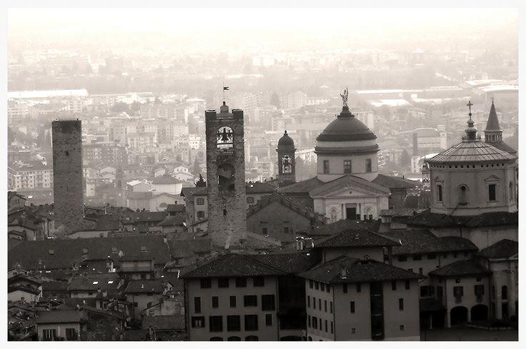 https://flic.kr/p/kHhLyU | Bergamo - Italia  -  The Old Town |          ph Amos Locati