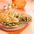 Grote sandwich van Turks brood