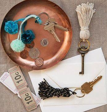 Antes de salir por la puerta no puedes olvidarte de #llaves y #dinero..  www.madrid-cerrajeros.es/cerrajero-24-horas/  #cerrajero #urgente #cerrajerourgente #cerrajero24horas #24horas