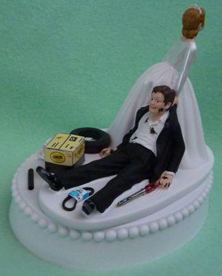 Wedding Cake Topper - Auto Car Mechanic. This. I need this for my cake. It's tooooooo perfect!
