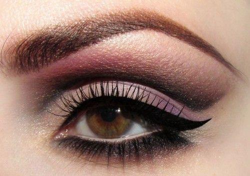 Eye GlamApply Eyeliner, Cat Eye, Brown Eye, Cateye, Beautiful, Eye Makeup Tips, Eyeshadows, Cut Crease, Eyemakeup