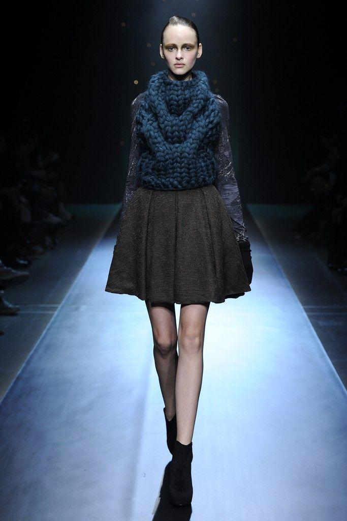Johan Ku RTW Fall 2014 - Slideshow - Runway, Fashion Week, Fashion Shows, Reviews and Fashion Images - WWD.com