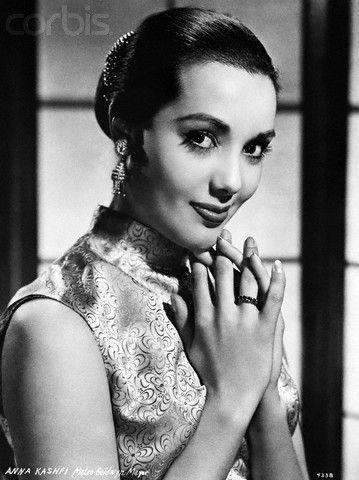 Actress Anna Kashfi