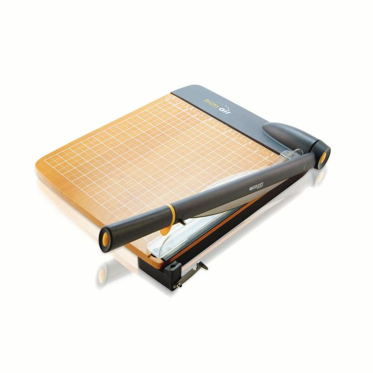 The Westcott 12 inch TrimAir wood and titanium guillotine paper trimmer features a comfortable ergonomic slicing handle with anti-microbial protection.