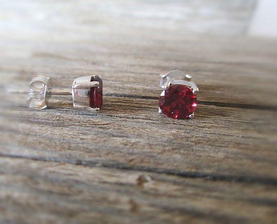 Boucles d'oreille grenat rouge en argent 925 Puces