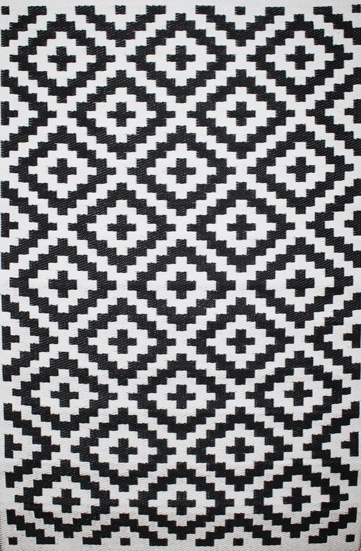 Outdoor Rug Nirvana Black and White (120 cm x 180 cm)                                                                                                Take your living room to the great outdoors and join the nation in appreciation of our outdoor spaces. Spread out for breakfast,