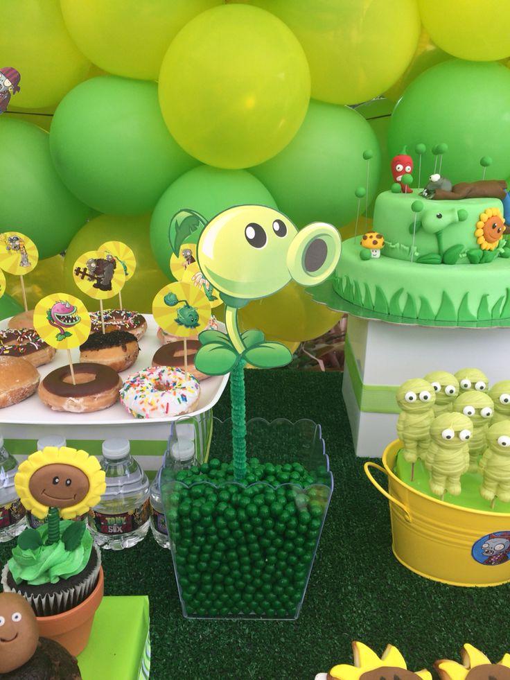 decoracao festa zumbi:Plants vs Zombies Birthday Party