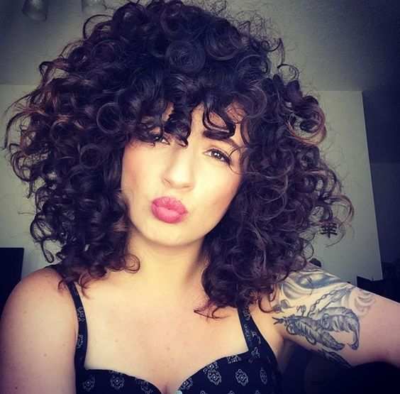 curly hair cuts with layers
