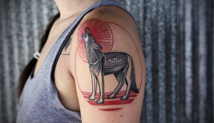 Coyote Tattoo Meanings Symbolism Designs And Ideas In 2020 Tattoos Coyote Tattoo Tattoo Designs