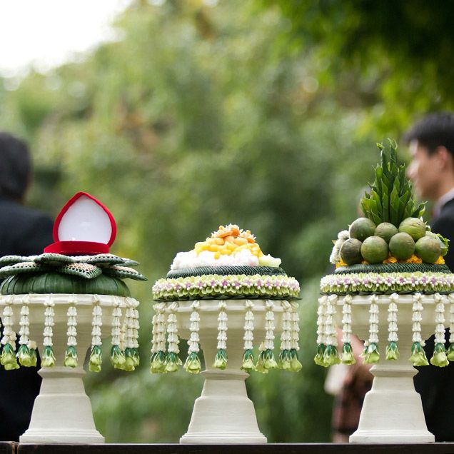 1000 ideas about laos wedding on pinterest khmer for Thai decorations ideas