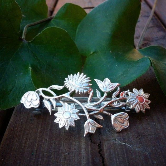 Nordlandsbunad, hårspenne. | Gull og sølvsmia