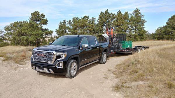 Review 2019 Gmc Sierra Denali Has All That And A Nifty Tailgate Too Gmc Sierra Denali Sierra Denali Gmc Sierra