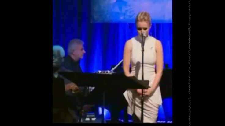 Kristen Bell Frozen Do You Want to Build a Snowman Live