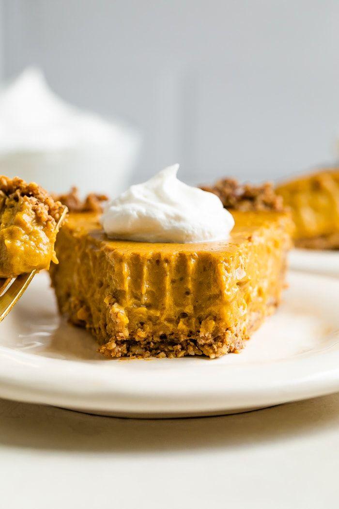 Vegan Tofu Pumpkin Pie Recipe In 2020 Vegan Pumpkin Pie Peanut Butter Banana Bites Healthy Desserts