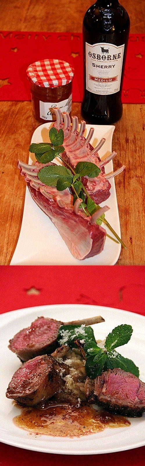 Lamsrack met munt-risotto en een jus van abrikozenjam en sherry.....heerlijk! Recept is van http://www.ah.nl/allerhande/recepten/71036/kruidige-lamsrack-met-munt-risotto-en-abrikozenjus