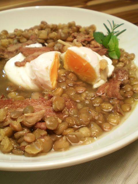 Sopa de Lentilha com Ovo poché   Figos & Funghis