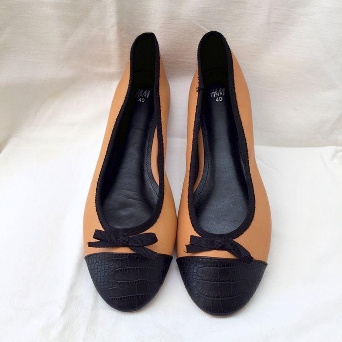 Item: Cute ballet flats - never worn!