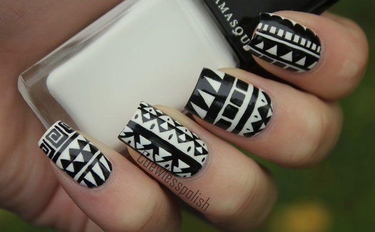 unhas decoradas fáceis de fazer: preto e branco em desenhos étnicos