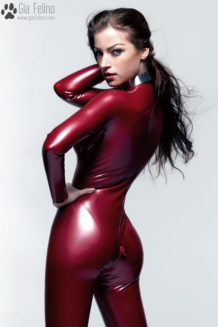 pervydoll cameltoe Gia Felino - Red Thick Latex - Album on Imgur