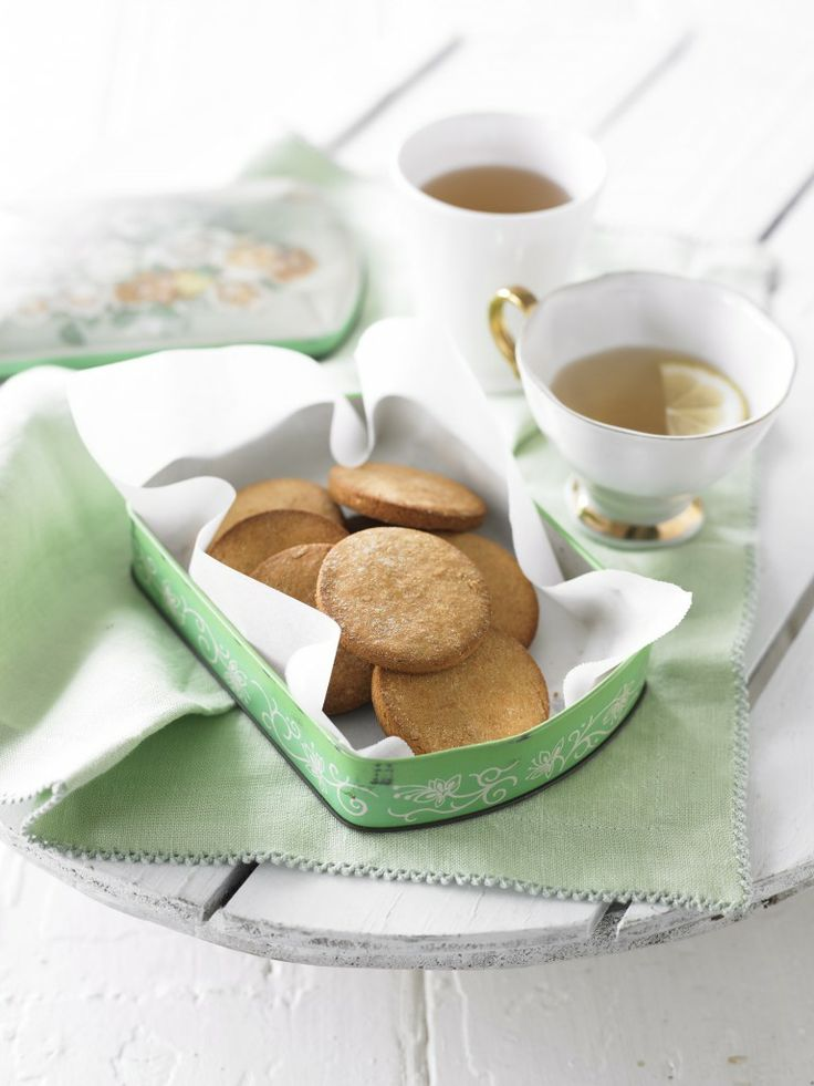This delicious sugar-free cookies recipe is perfect for the kids to get their teeth into and super-simple to make.