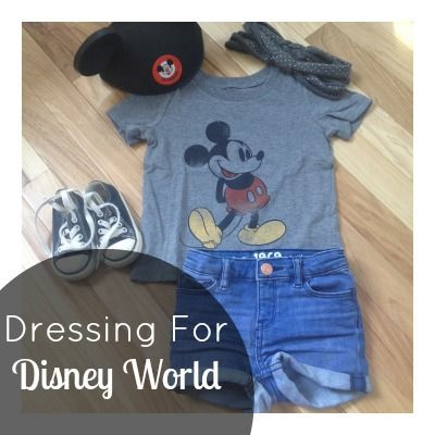 Dressing a Toddler For a Day At Disney World