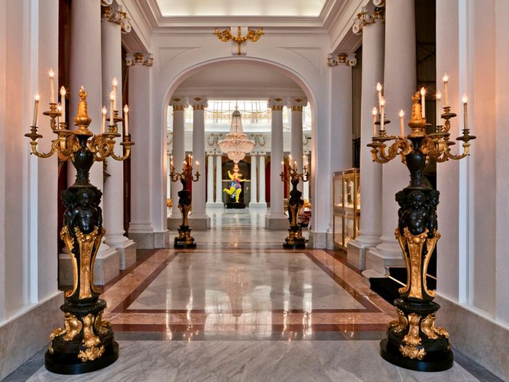 Hôtel Le Negresco, Nice: France Hotels Gilt bronze monumental floor lamps handmade by Heuvelmans Interiors ref.CAND.1101