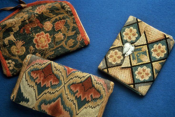 Textiles - Pocketbook